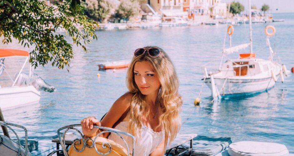 dziewczyna w Grecji
